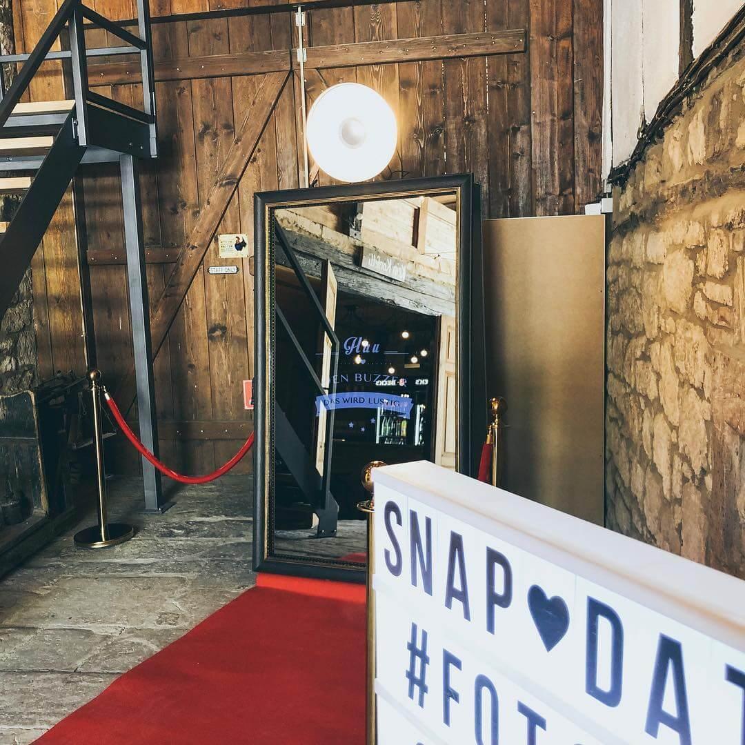 SnapDat Fotospiegel mieten für Hochzeit und Geburtstag günstig