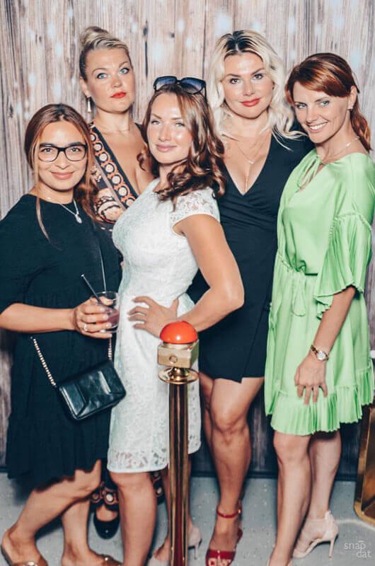 Fotospiegel mieten Hochzeit Beispielfoto Party